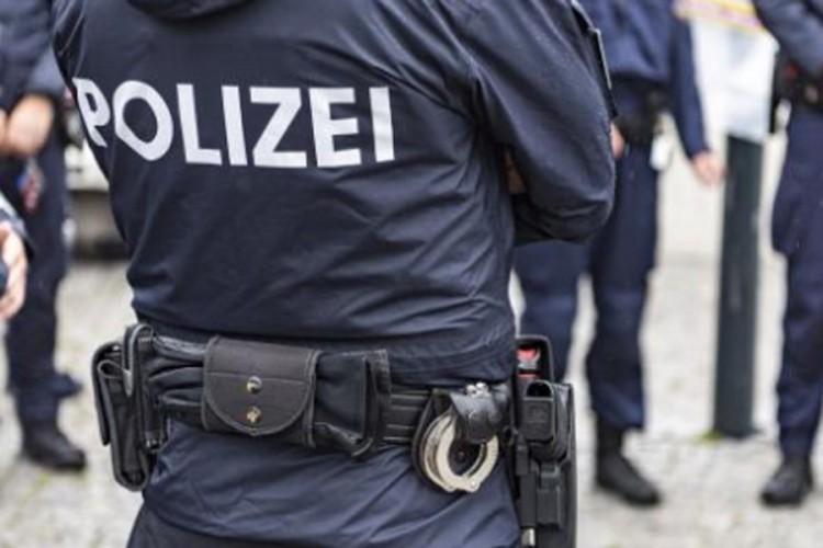 Brat i sestra iz BiH uhapšeni u Lincu: Potukli se sa